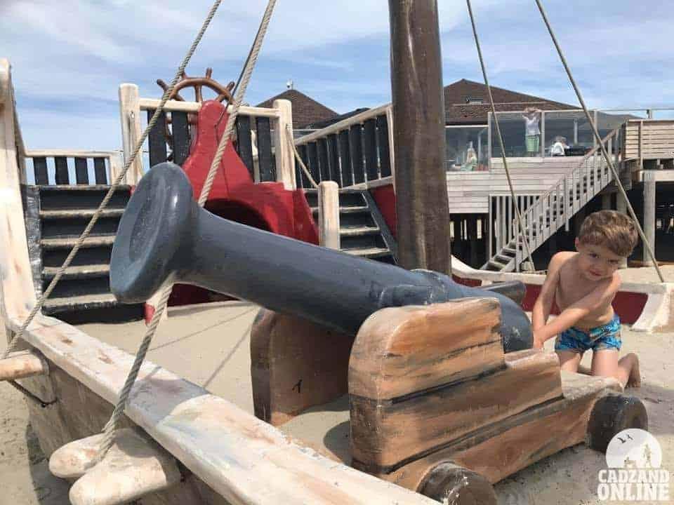 Kanon-piratenschip-Cadzand