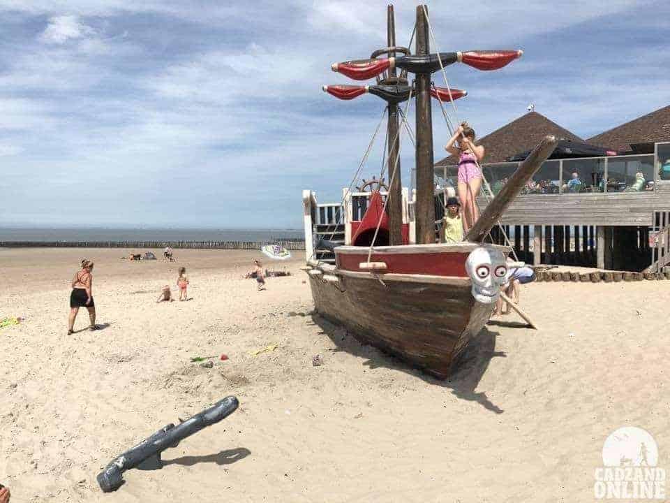 Piratenschip-voor-de-Piraat-Cadzand