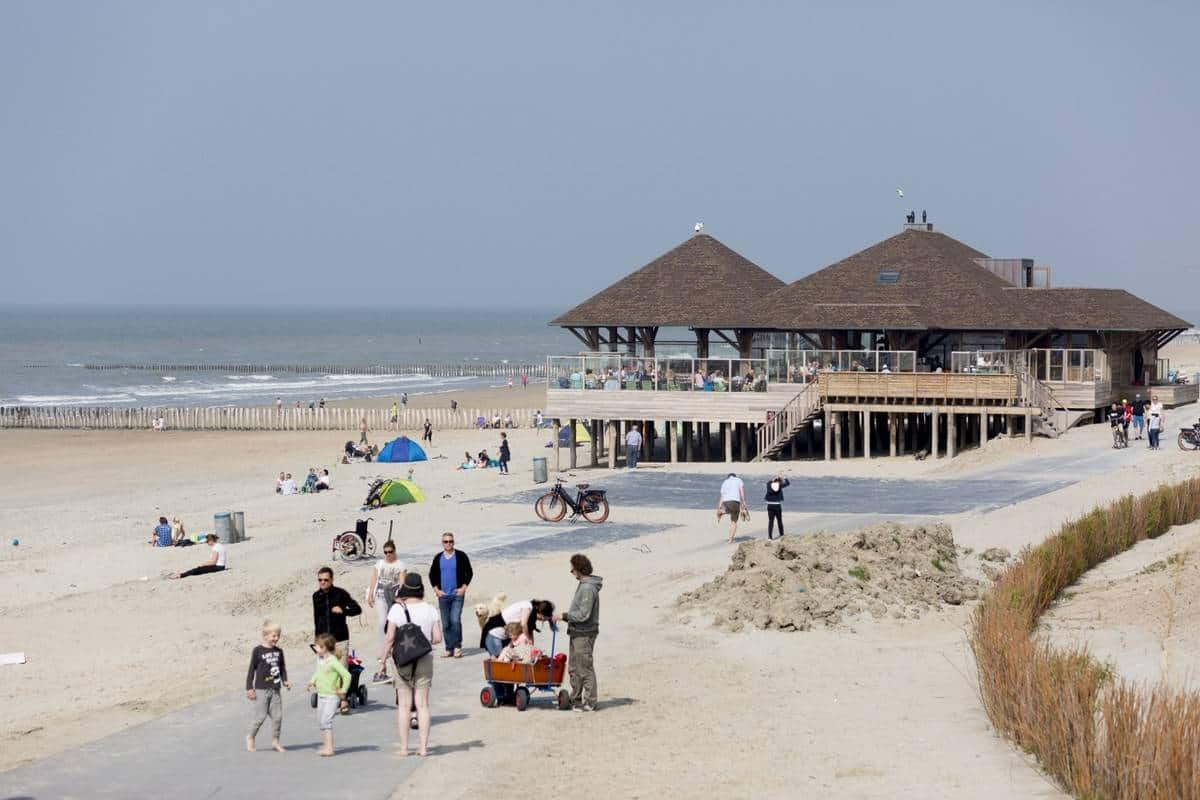strandpaviljoen-de-Piraat-Cadzand-Bad