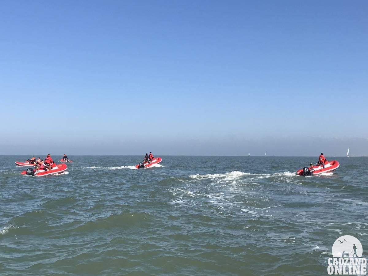 Bootje-varen-Noordzee-Cadzand