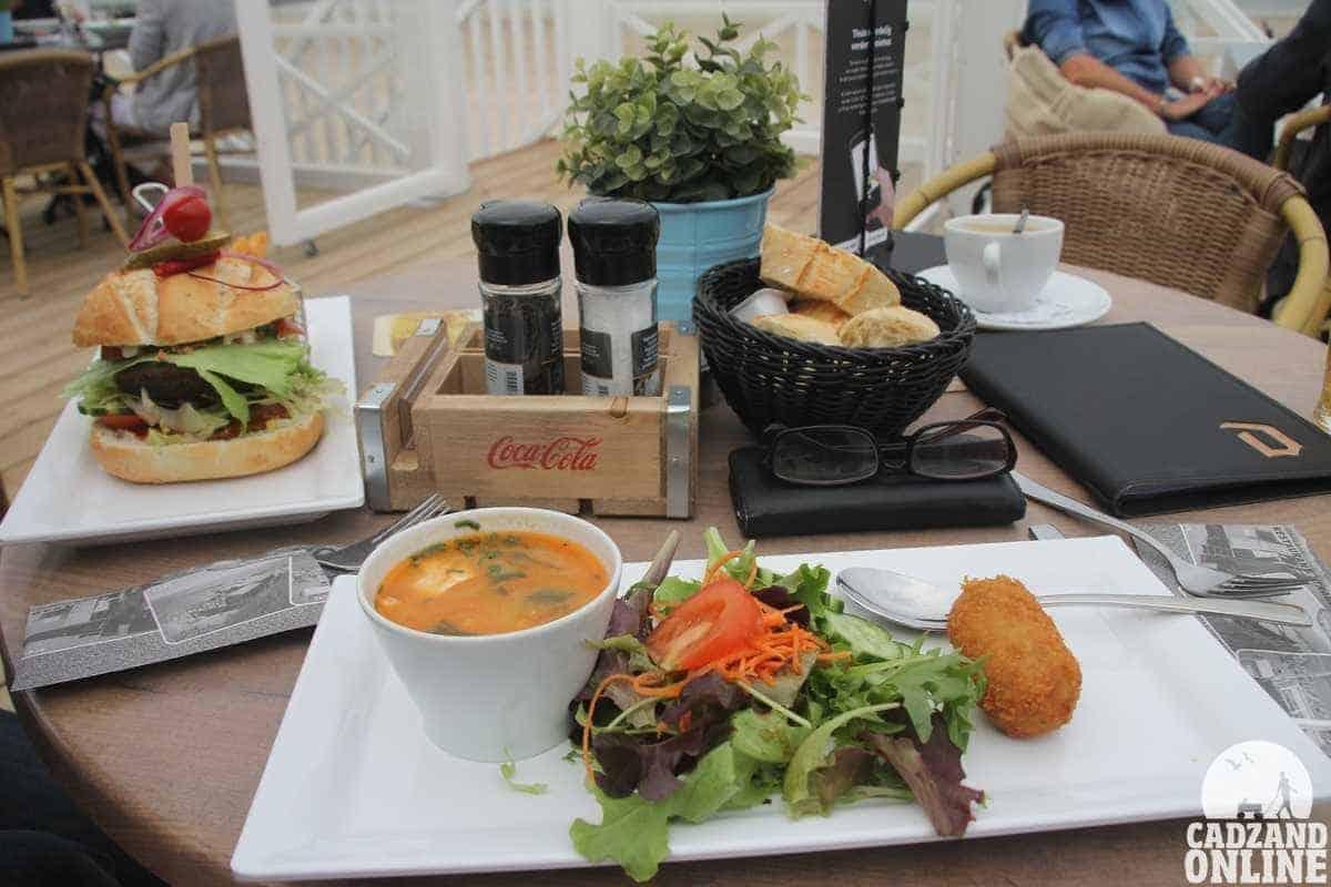 Lunch-Caricole