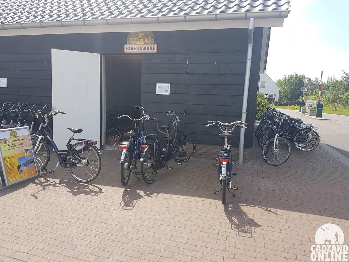 Fietsverhuur-vakantiepark-Nieuwvliet