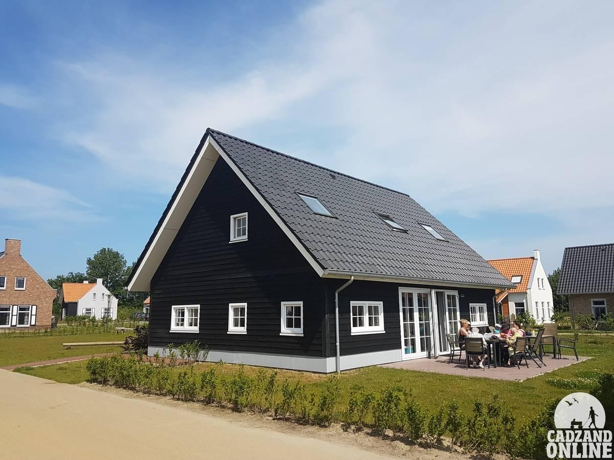Groot-vakantiehuis-Nieuwvliet-vlakbij-Cadzand