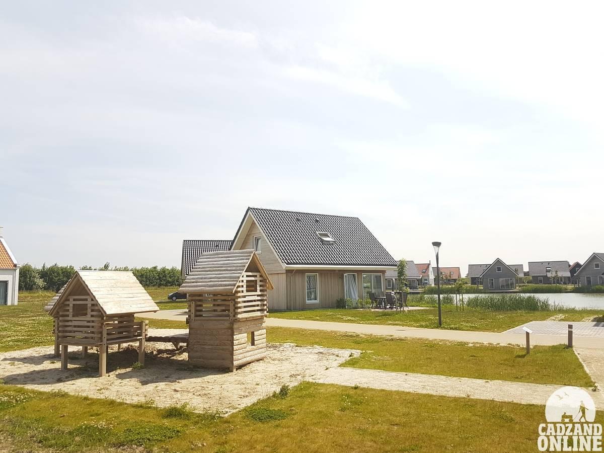 Speelhuisje-vakantie-park-Nieuwvliet
