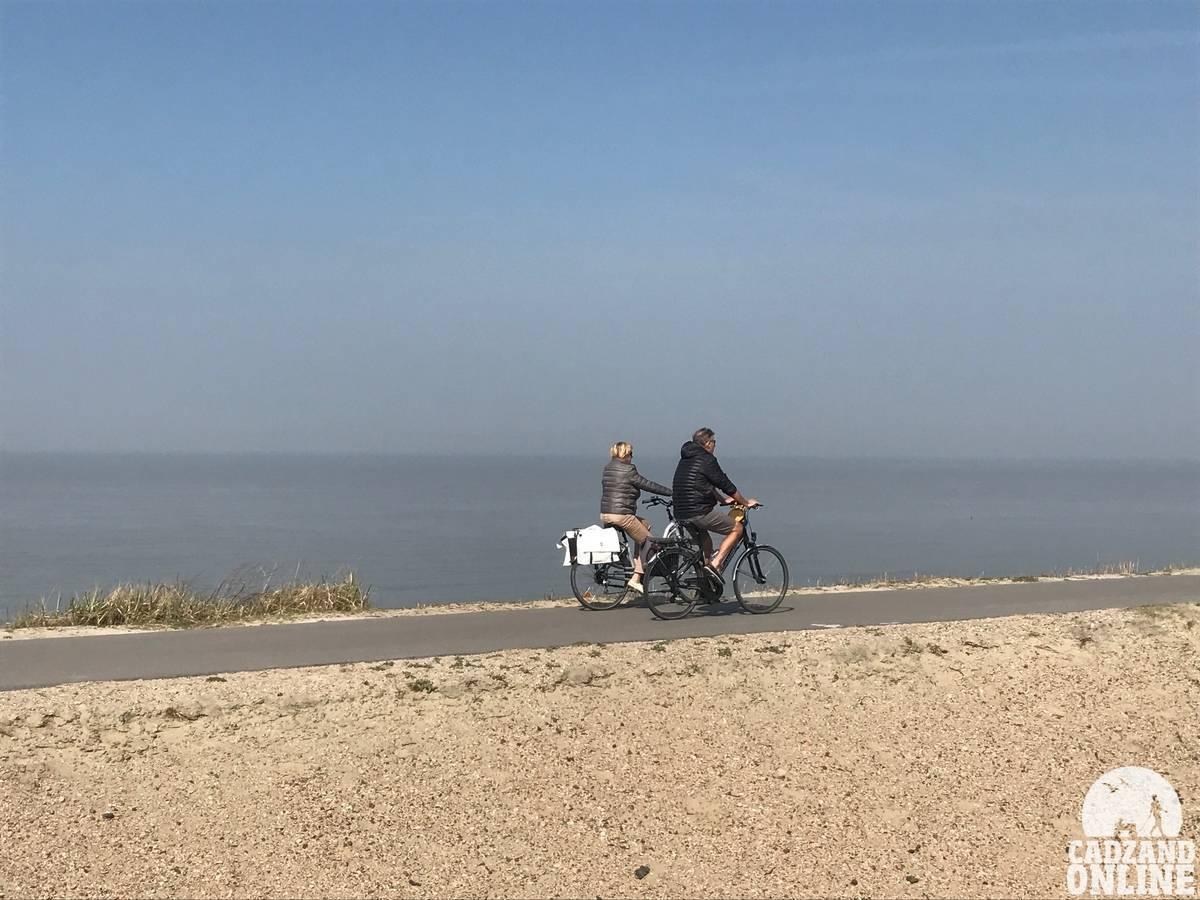 Fietsen-duinen-Cadzand