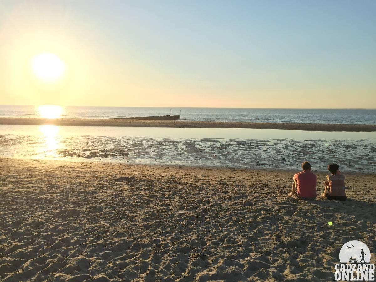 Zonsondergang-strand-Cadzand