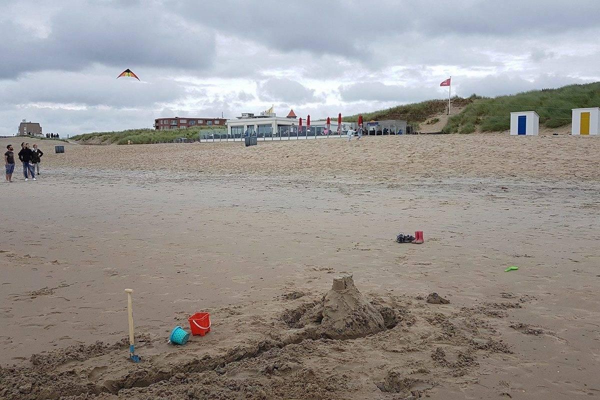 strand-strandkiosk-Strandloper