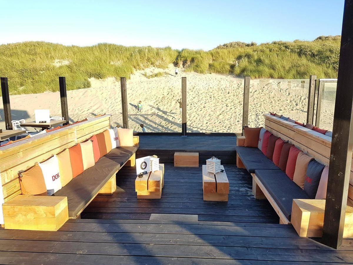 NO CROP Loungeset strandpaviljoen DOK 14 Cadzand