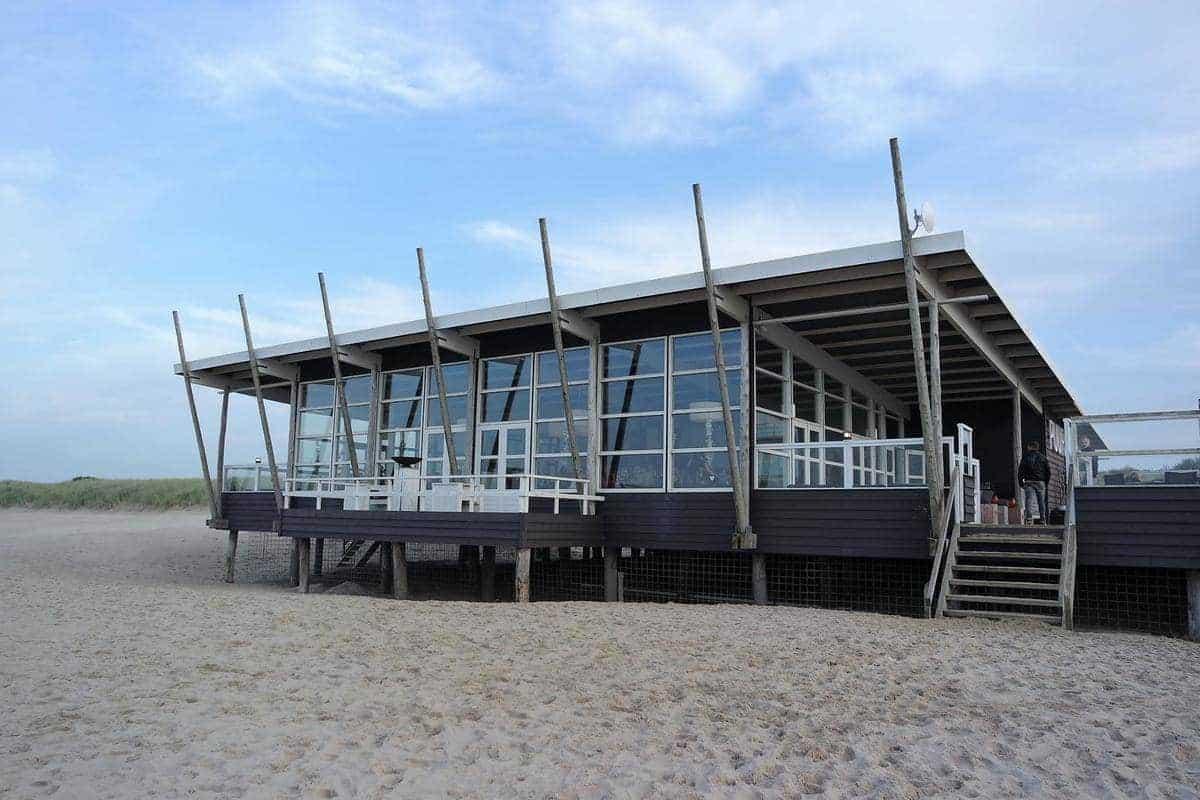 Strandpaviljoen PUUR Groede, Zeeland